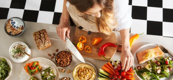 Was soll man am Abend essen, um nachts gut zu schlafen? Rezepte für leichte Abendessen! One Day More