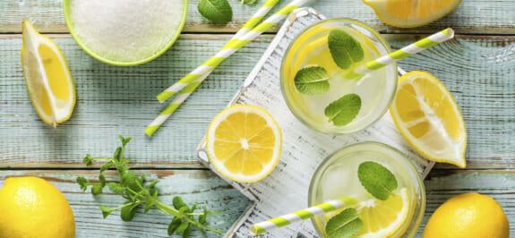 Etwas zum Erfrischen! 3 Rezepte für hausgemachte isotonische Getränke.